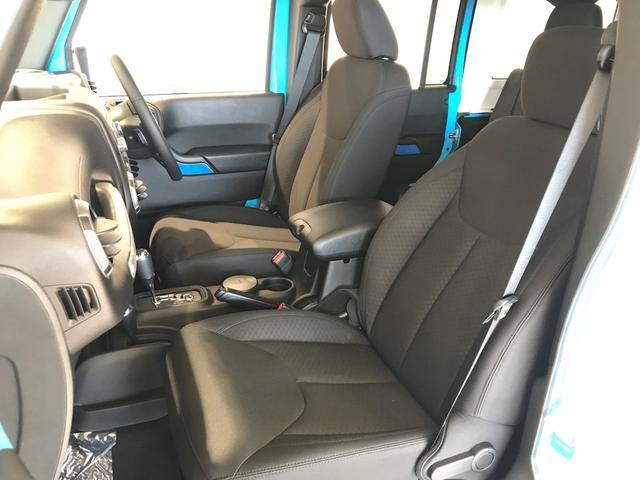 クライスラー・ジープ クライスラージープ ラングラーアンリミテッド スポーツ 登録済未使用車 全国新車保証