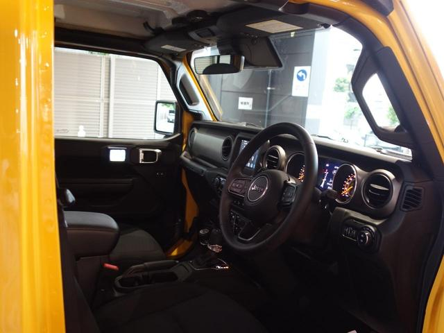 アンリミテッドスポーツ 2020年最終モデル 4ドア新車保証 7インチタッチパネルモニターカープレイ対応 バックモニター サイドモニター フロントモニター スピーカー(8基)運転席高さ調整機能 サイドステップ アダプティブクルーズコントロール(14枚目)