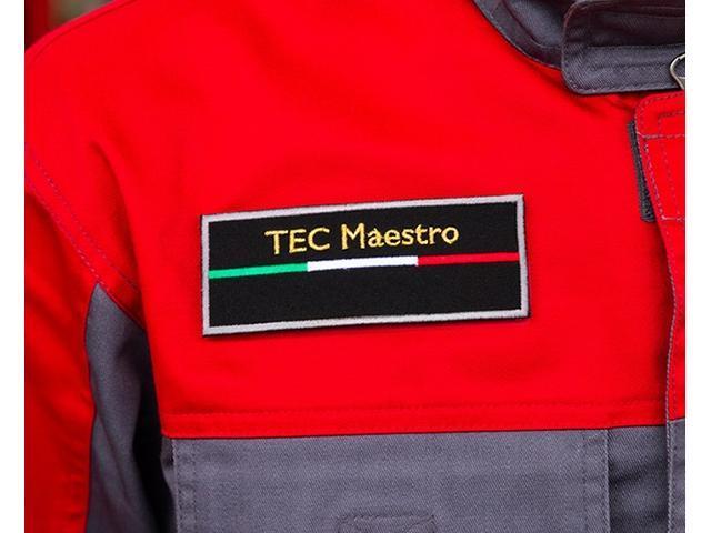 迅速で正確な分解整備を実施できる「サーティファイド」とより高度なスキルが求められる「TECマエストロ」の認定試験があり、この厳しい試験に合格したサービススタッフがオーナー様の愛車をしっかりと整備します