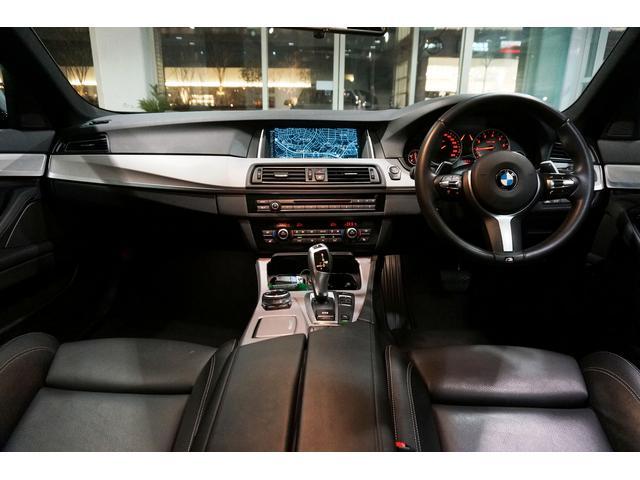 BMW BMW 523i Mスポーツ OP19AW SR 黒革 社外マフラ