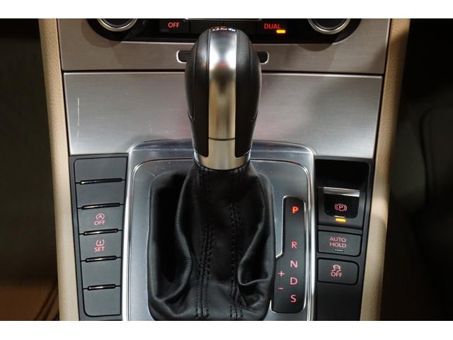フォルクスワーゲン VW パサートヴァリアント TSIハイライン1オナSDナビ地デジベージュ革記録簿9枚