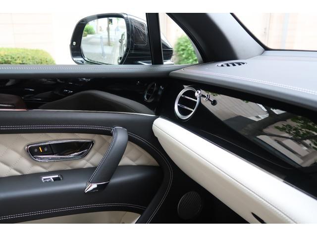 「ベントレー」「ベンテイガ」「SUV・クロカン」「神奈川県」の中古車15