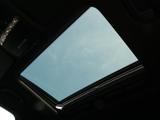 GLC220dクーペスポーツ SR黒革 RSP 禁煙新車保証(8枚目)