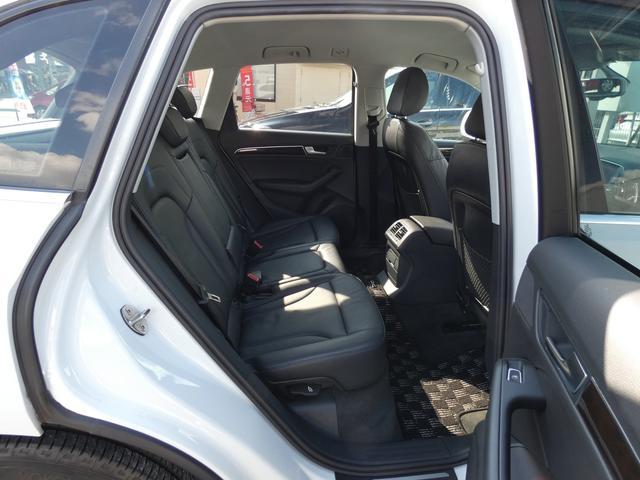 「アウディ」「アウディ Q5ハイブリッド」「SUV・クロカン」「兵庫県」の中古車18