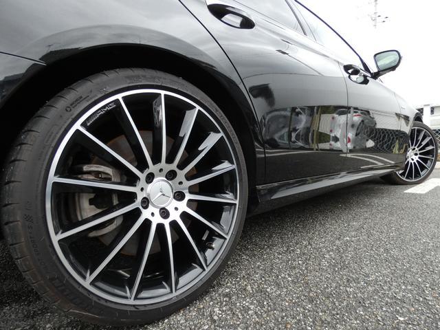 E43 4マチック パノラマサンルーフ ベージュ革 レーダーセーフティPKG ヘッドアップディスプレイ 360度カメラ AMG専用20インチアルミホイール 禁煙車輌(41枚目)