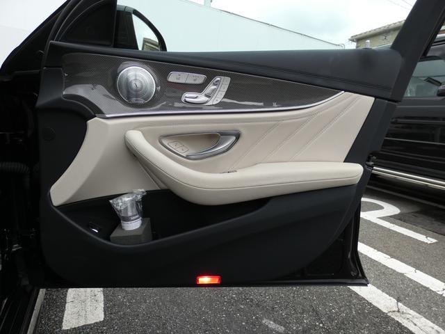 E43 4マチック パノラマサンルーフ ベージュ革 レーダーセーフティPKG ヘッドアップディスプレイ 360度カメラ AMG専用20インチアルミホイール 禁煙車輌(43枚目)