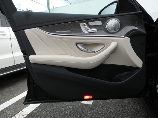E43 4マチック パノラマサンルーフ ベージュ革 レーダーセーフティPKG ヘッドアップディスプレイ 360度カメラ AMG専用20インチアルミホイール 禁煙車輌(44枚目)