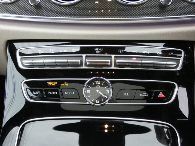 E43 4マチック パノラマサンルーフ ベージュ革 レーダーセーフティPKG ヘッドアップディスプレイ 360度カメラ AMG専用20インチアルミホイール 禁煙車輌(49枚目)