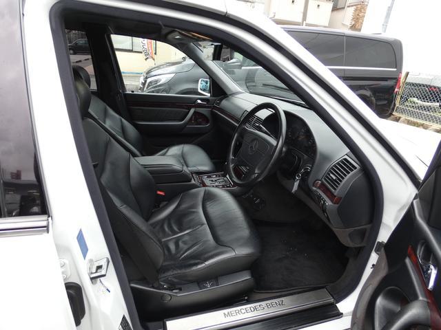 S320 最終型 5AT ブラックレザーシート 社外18AW 右ハンドル ETC クルーズコントロール 電動格納ミラー ウッドパネル 電動チルト本革巻ステアリング下取車 正規ディーラー車(16枚目)