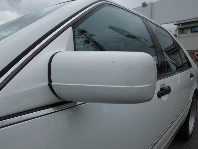 S320 最終型 5AT ブラックレザーシート 社外18AW 右ハンドル ETC クルーズコントロール 電動格納ミラー ウッドパネル 電動チルト本革巻ステアリング下取車 正規ディーラー車(39枚目)
