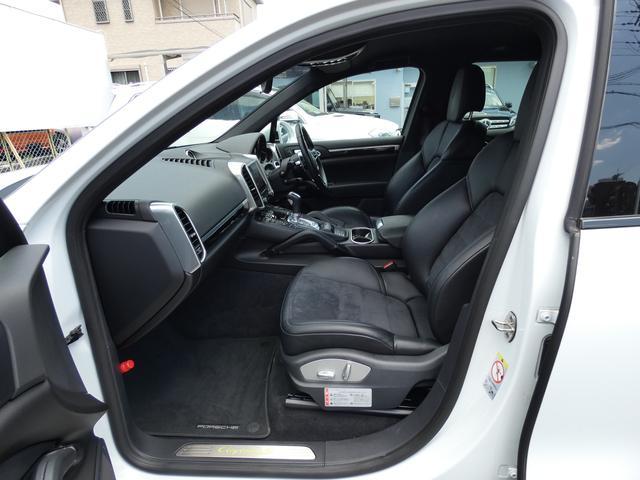 S E-ハイブリッド プラチナエディション プラグインハイブリッド ホワイト 黒半革 PASMエアマティックサスペンション ポルシェエントリー&ドライブシステム 専用20AW PDLSバイキセノンヘッドライト右ハンドル 正規ディーラー車(17枚目)