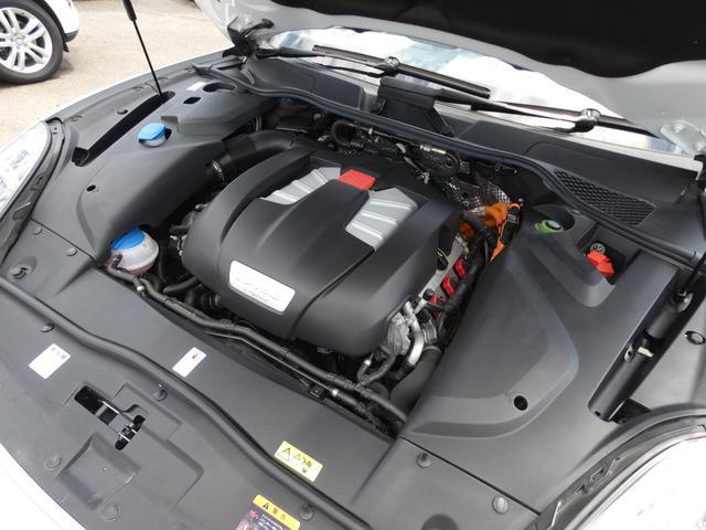 S E-ハイブリッド プラチナエディション プラグインハイブリッド ホワイト 黒半革 PASMエアマティックサスペンション ポルシェエントリー&ドライブシステム 専用20AW PDLSバイキセノンヘッドライト右ハンドル 正規ディーラー車(21枚目)