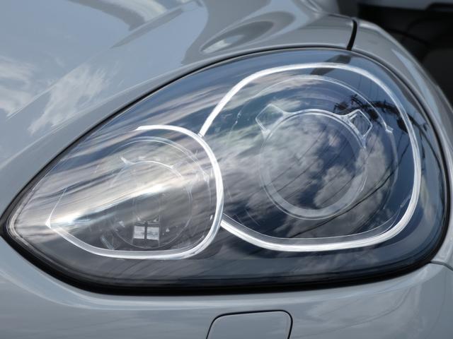 S E-ハイブリッド プラチナエディション プラグインハイブリッド ホワイト 黒半革 PASMエアマティックサスペンション ポルシェエントリー&ドライブシステム 専用20AW PDLSバイキセノンヘッドライト右ハンドル 正規ディーラー車(36枚目)