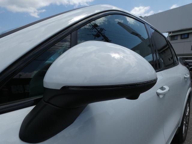 S E-ハイブリッド プラチナエディション プラグインハイブリッド ホワイト 黒半革 PASMエアマティックサスペンション ポルシェエントリー&ドライブシステム 専用20AW PDLSバイキセノンヘッドライト右ハンドル 正規ディーラー車(39枚目)