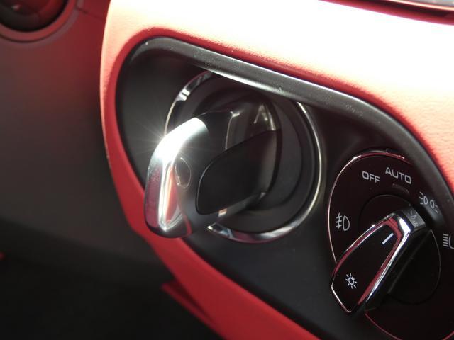 マカン ターボ エアサス スポーツクロノPKG LEDヘッドライト 赤革 全席シートヒーター ベンチレーション ACC エントリーD PCMナビ・地デジ・360カメラ BOSE 純正19AW ワンオーナー 正規D車(15枚目)