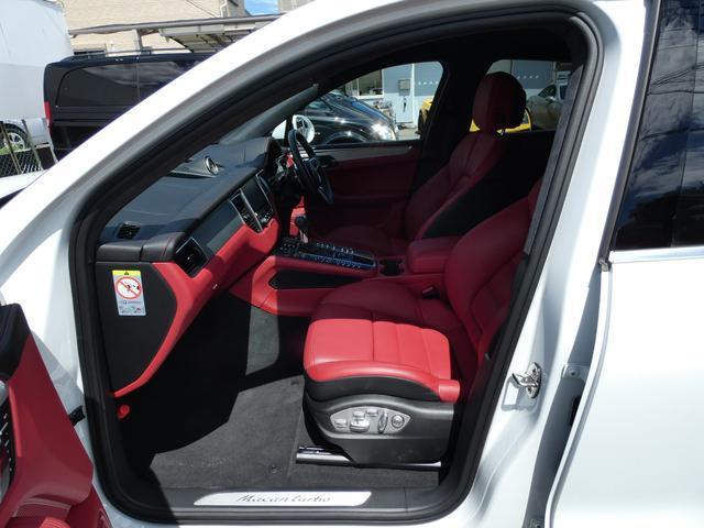 マカン ターボ エアサス スポーツクロノPKG LEDヘッドライト 赤革 全席シートヒーター ベンチレーション ACC エントリーD PCMナビ・地デジ・360カメラ BOSE 純正19AW ワンオーナー 正規D車(17枚目)