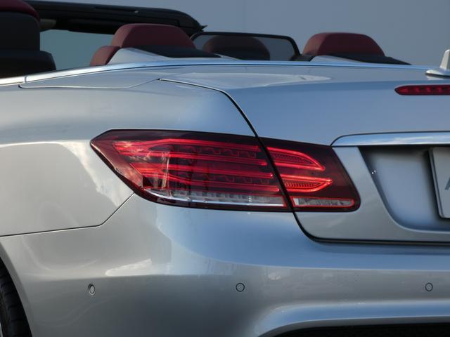 E250カブリオレ AMGスポーツPKG 先進装備レーダーセーフティーパッケージ LEDパフォーマンスヘッドライト/LEDポジショニングライト付 純正HDDナビ・地デジ・バックカメラ・ETC(6枚目)