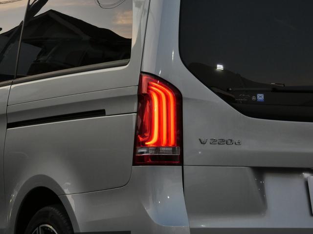 V220d スポーツ ロング パノラマ 黒革 レーダーセーフティPKG HDDナビ 地デジ 360°カメラ 19AW 社外リップスポイラー 禁煙  シートヒーター LEDヘッドライト 正規D車(52枚目)