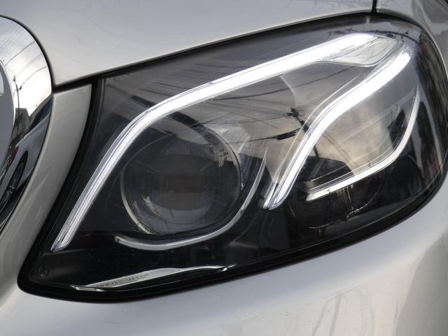 E450 4マチック エクスクルーシブ パノラマSR 黒レザー レーダーセーフティ LEDヘッドライト ヘッドアップディスプレイ 純正HDDナビ 地デジ 360°カメラ 18AW 禁煙 1オ-ナ- 正規ディーラー車(36枚目)