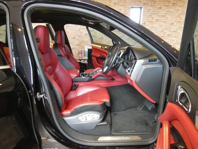 フル装備 ABS PSM SRSエアバッグ Start/Stopシステム PASMエアマチックサスペンション Turbo専用エクステリア スポーツクロノパッケージ