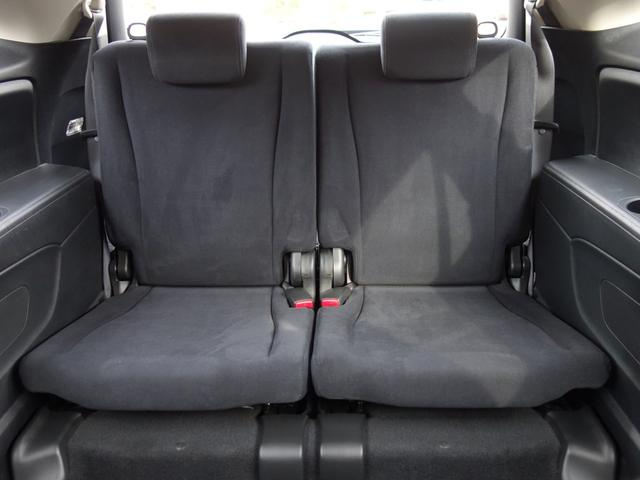 RSZ特別仕様車 HDDナビエディション 7人乗り 純正ナビ後カメラ ドライブレコーダー ETC オートエアコン グレード専用純正17インチホイール 革巻きステアリング 立体駐車場対応(6枚目)