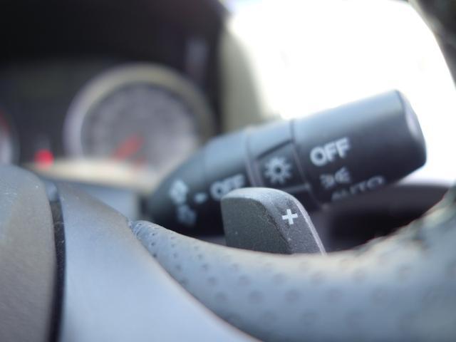RSZ特別仕様車 HDDナビエディション 7人乗り 純正ナビ後カメラ ドライブレコーダー ETC オートエアコン グレード専用純正17インチホイール 革巻きステアリング 立体駐車場対応(50枚目)