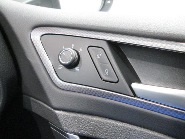 「フォルクスワーゲン」「VW ゴルフオールトラック」「SUV・クロカン」「神奈川県」の中古車19