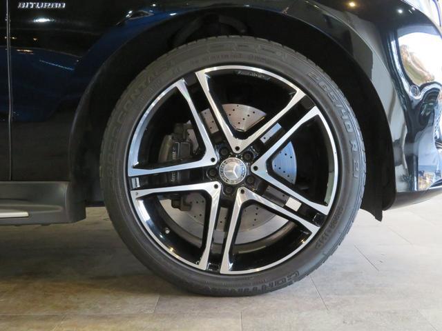 GLE43 4マチック 正規ディーラー車/21インチAMG5ツインスポークアルミホイール/パノラミックスライディングルーフ/ナイトパッケージ/レザーARTICOインテリア/AIRマティックサスペンション/AMGエグゾースト(12枚目)