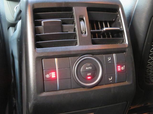 GLE43 4マチック 正規ディーラー車/21インチAMG5ツインスポークアルミホイール/パノラミックスライディングルーフ/ナイトパッケージ/レザーARTICOインテリア/AIRマティックサスペンション/AMGエグゾースト(49枚目)