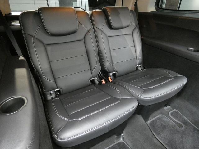 GL350ブルーテック 4MATIC レザーEXC-PKG パノラミックR 黒革 シートヒーター 純正HDDナビ全周カメラ オーディオ&ビジュアルPKG harman/kardonサウンド レーダーセーフティPKG 純正20AW(17枚目)