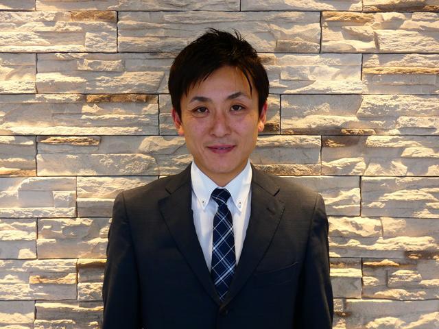 はじめまして!鶴ヶ島インター店 店長の中野と申します。お客様から愛される親しみ易いお店作りを目指し、誠心誠意の対応で、末永いお付き合いが出来る様努めて参ります。