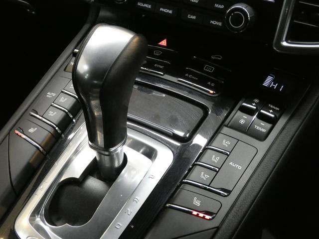 プラチナエディション スポーツクロノPKG アルカンターラブラックハーフレザー エントリードライブ PCMナビ バックカメラ RSスパイダー20AW PDLSインナーブラックバイキセノンヘッドライト 限定 正規ディーラー車(12枚目)