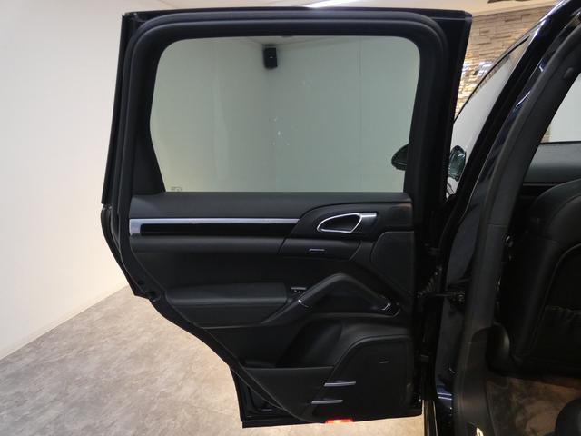 プラチナエディション スポーツクロノPKG アルカンターラブラックハーフレザー エントリードライブ PCMナビ バックカメラ RSスパイダー20AW PDLSインナーブラックバイキセノンヘッドライト 限定 正規ディーラー車(41枚目)
