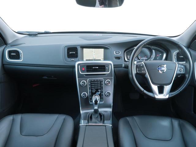 D4 SE ワンオーナー・黒本革シート・パワーシート・シートヒーター・インテリセーフ・純正HDDナビTV・バックカメラ・HIDヘッドライト・BLIS・PCC・ACC(2枚目)