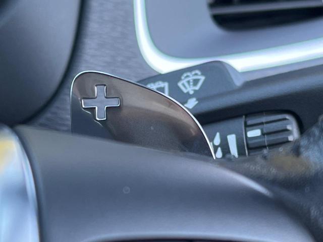 T3 モメンタム 認定中古車 禁煙車 インテリセーフ ハーフレザーシート 純正HDDナビTV バックカメラ メモリ機能付きパワーシート パドルシフト LEDヘッドライト ETC2.0 純正17インチAW BLIS(9枚目)