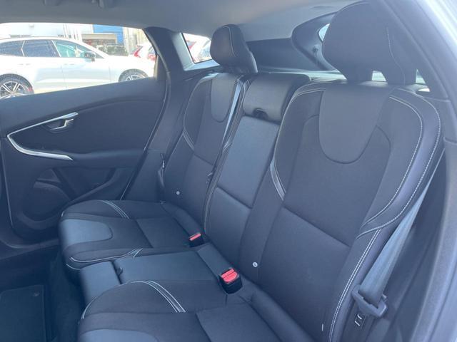 T3 モメンタム 認定中古車 禁煙車 インテリセーフ ハーフレザーシート 純正HDDナビTV バックカメラ メモリ機能付きパワーシート パドルシフト LEDヘッドライト ETC2.0 純正17インチAW BLIS(31枚目)