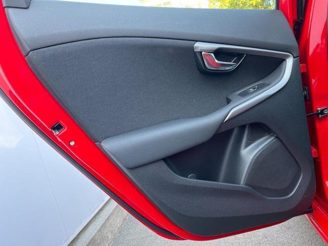 T2 キネティック ワンオーナー 禁煙車 純正HDDナビ バックモニター インテリセーフ 純正ドライブレコーダー BLIS アダプティブクルーズコントロール LEDヘッドライト ETC2.0 車線逸脱警報(38枚目)