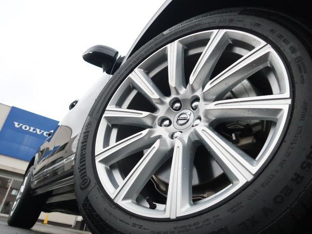 T6 AWD インスクリプション ワンオーナー 禁煙車 ブラック本革シート 9インチナビTV 360°ビューカメラ ベンチレーション&マッサージ機能付きシート メモリ機能付パワーシート インテリセーフ 純正20インチAW 7人乗り(16枚目)