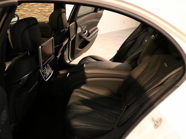 S63 AMG 4マチックロング AMGダイナミックPKG ファーストクラスPKG V8ツインターボ パノラマSR 黒革 全席シートヒーター&ベンチレーター HDDナビ Burmester リアエンター 全周カメラ&ナイトビューHUD RSP 純正20AW(18枚目)