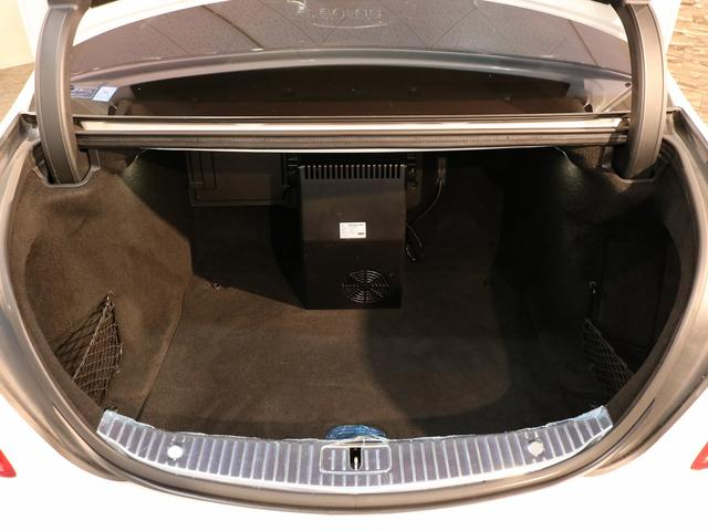 S63 AMG 4マチックロング AMGダイナミックPKG ファーストクラスPKG V8ツインターボ パノラマSR 黒革 全席シートヒーター&ベンチレーター HDDナビ Burmester リアエンター 全周カメラ&ナイトビューHUD RSP 純正20AW(19枚目)