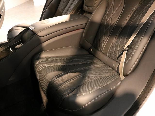 S63 AMG 4マチックロング AMGダイナミックPKG ファーストクラスPKG V8ツインターボ パノラマSR 黒革 全席シートヒーター&ベンチレーター HDDナビ Burmester リアエンター 全周カメラ&ナイトビューHUD RSP 純正20AW(28枚目)