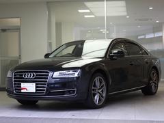 アウディ A84.0TFSIクワトロ サンルーフ AudiSportアルミ