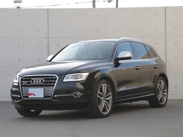 アウディ ベースグレード ファインナッパレザーパッケージアルミホイール 5ツインスポークスターデザイン チタンルック 8.5Jx21 (Audi Sport)アシスタントパッケージ オートライト機能 / レインセンサー