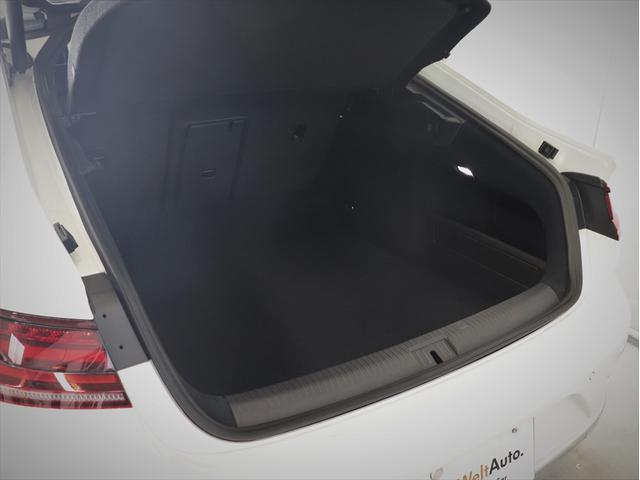 TSI 4モーション Rラインアドバンス デモカー 新車保証(8枚目)