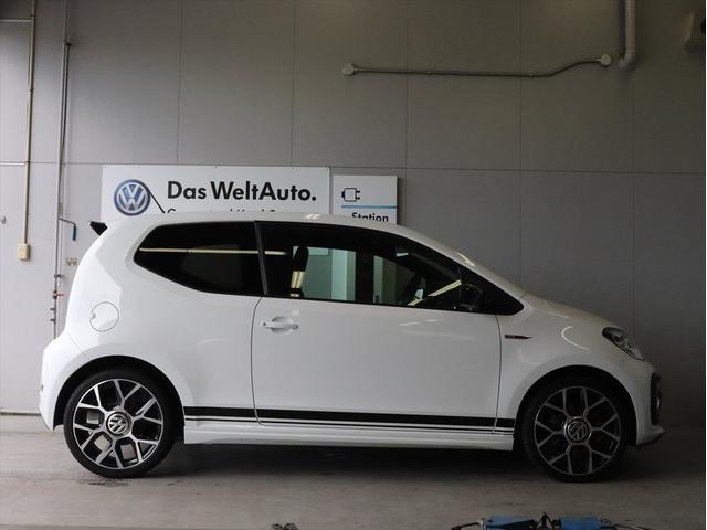 「フォルクスワーゲン」「VW アップ!」「コンパクトカー」「埼玉県」の中古車4