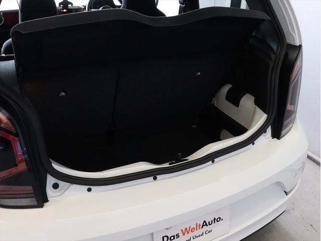 「フォルクスワーゲン」「VW アップ!」「コンパクトカー」「埼玉県」の中古車18