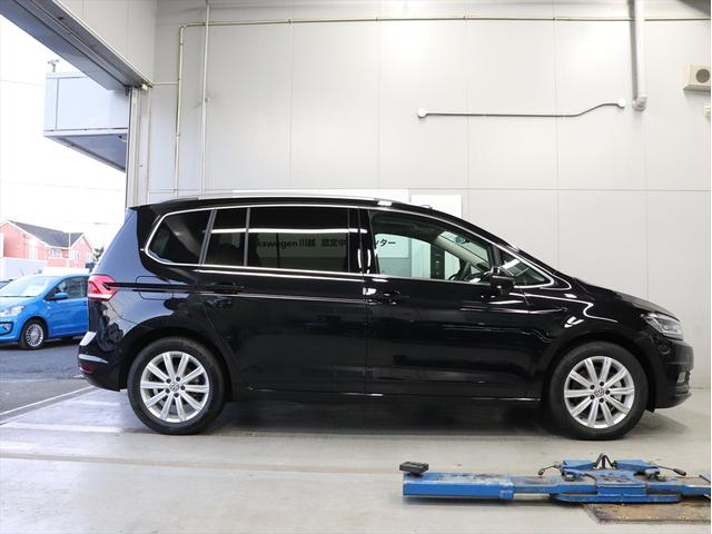 TSI HL 登録済未使用車 ナビ テクノロジー 新車保証(5枚目)