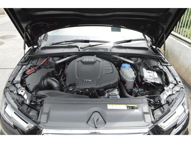 高出力、低燃費を実現させたTFSIエンジンを搭載!