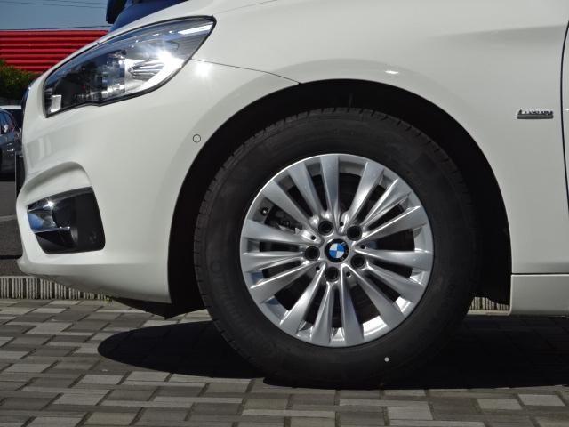 BMW BMW 218dアクティブツアラー ラグジュアリー黒革 ナビRカメラ