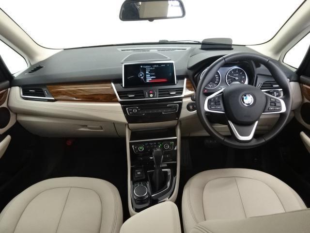 BMW BMW 218dアクティブツアラー セレクション180台限定 ACC